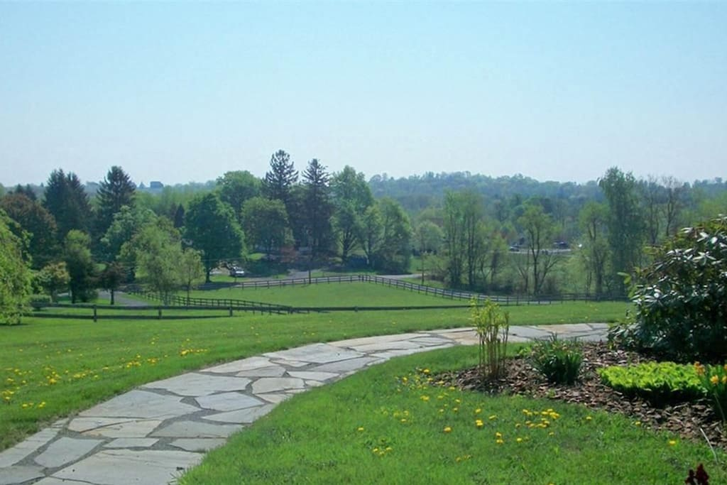 4bdrm Hudson Valley Farmhouse Oasis - Houses for Rent in ... - photo#29