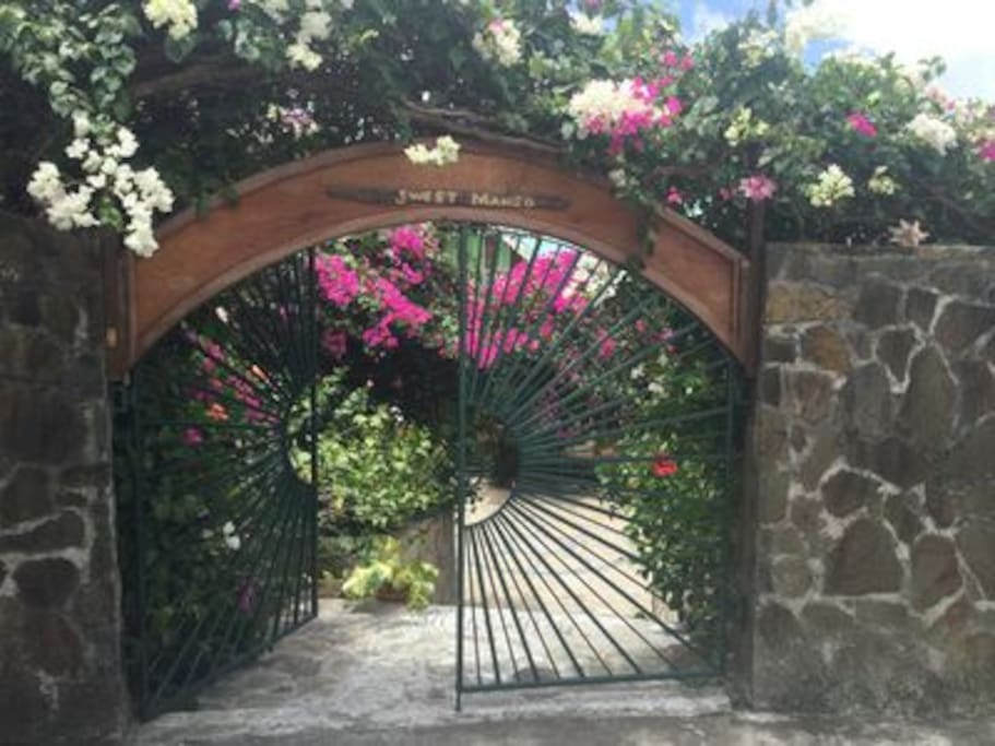 Welcome to Sweet Bequia