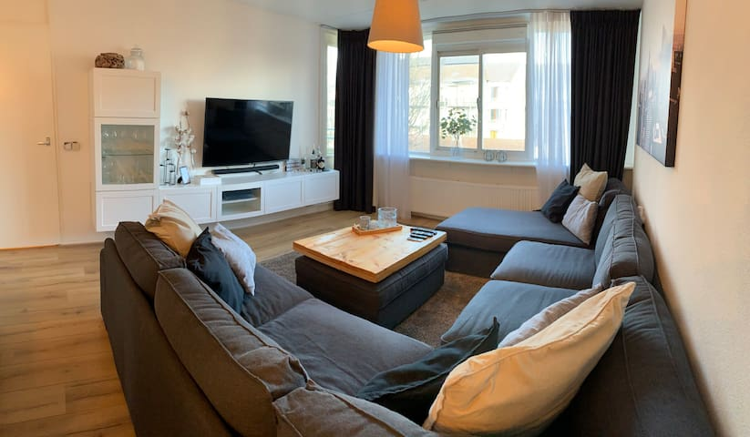 LXRY APARTMENT NEAR BIG CITY'S, SHOPS AND BEACHES