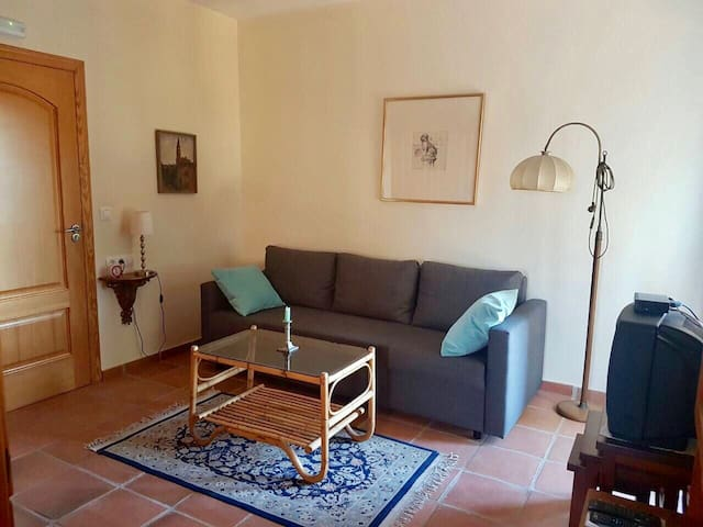Family-friendly Apartment in Historic Estate - Teulada - House