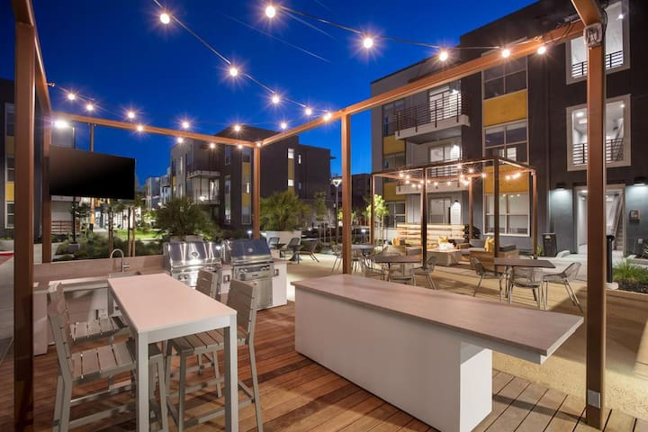 2BR/2BA Apartment near Tech Campuses & Stanford