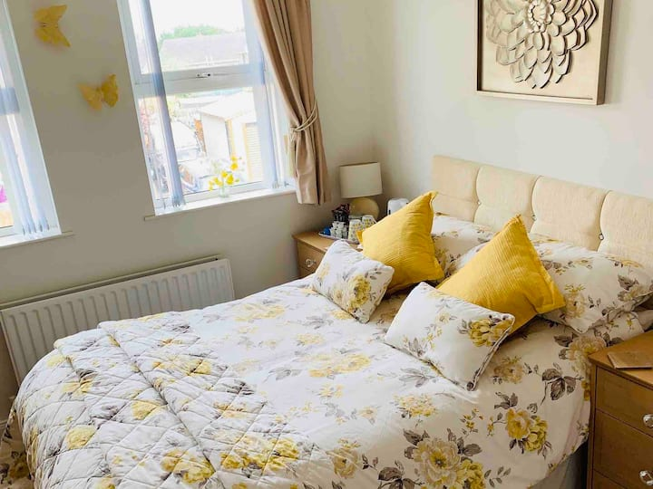 Double room with En-suite - Key Workers Only