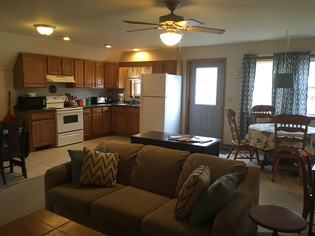 Kitchen/Living/Dining area