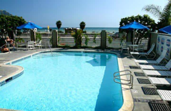 Capistrano Surfside Inn 1 bedroom Condo.