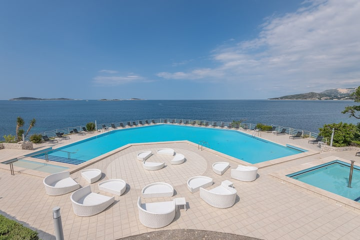 Villas Plat Double Apartment with Sea View
