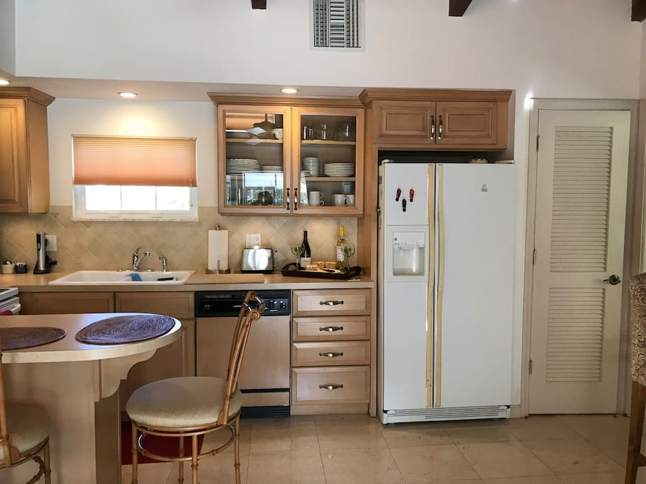 Eat in kitchen with full size appliances