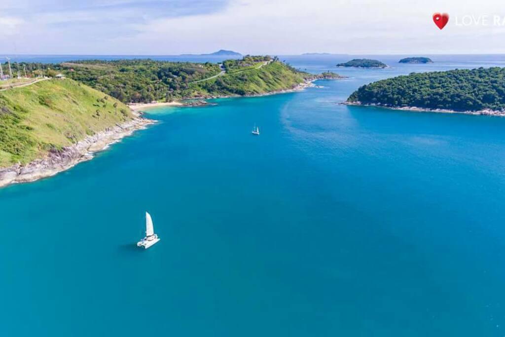 Andaman beautiful sea, Nai harn & Yanui beach, very nice for swimming & snorkelling, 5 mins. drive, 15 mins. walk ; your paradise !!!
