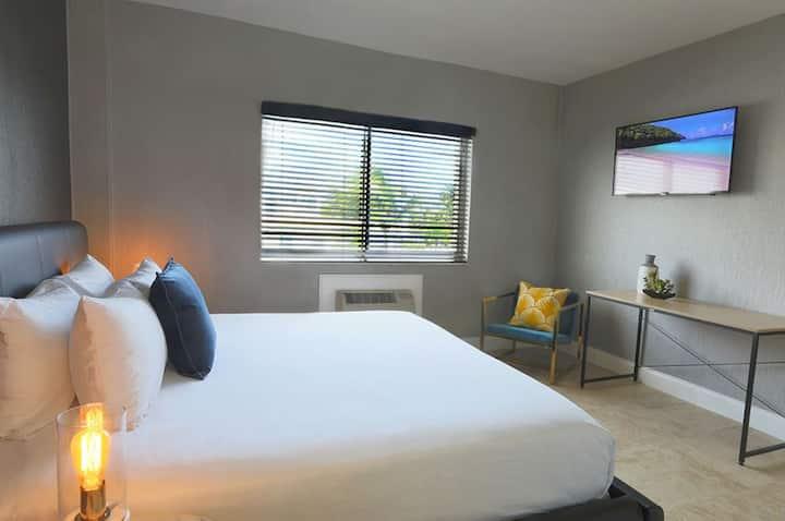 Deluxe Ocean Front Room with 2 Double Beds