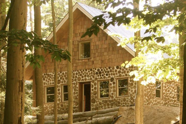 Upper Hamlin Lake Cabin
