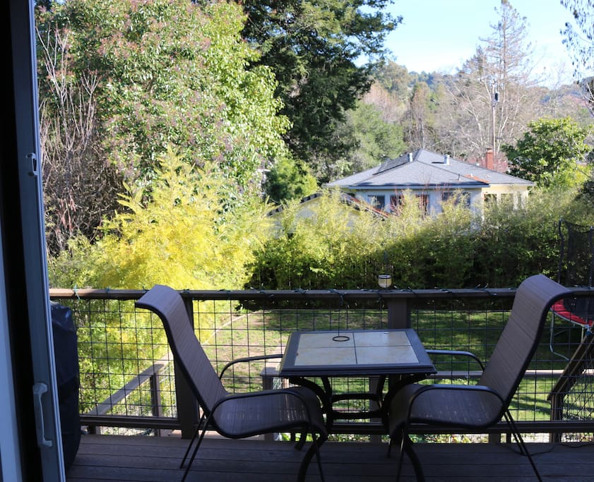 Upper rear deck, outdoor dining and BBQ