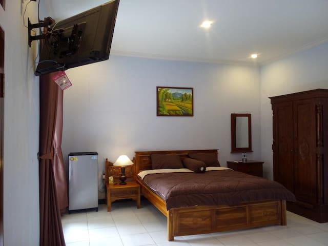 Villa Kemarang, Private Room 22 (upstair)