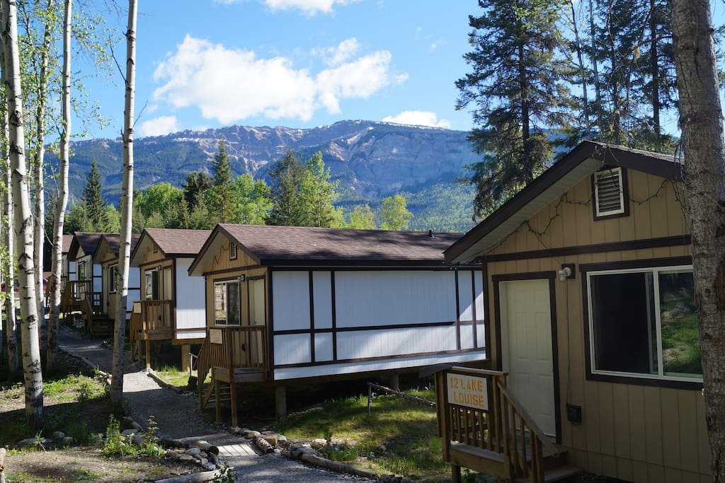 Mountain view cabins golden cabin d chalet in affitto a for Cabine in affitto a victoria bc