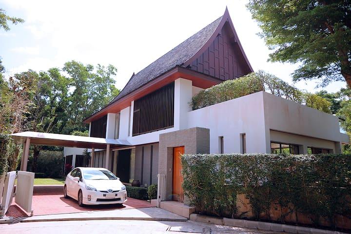 The Park Villa No. 6