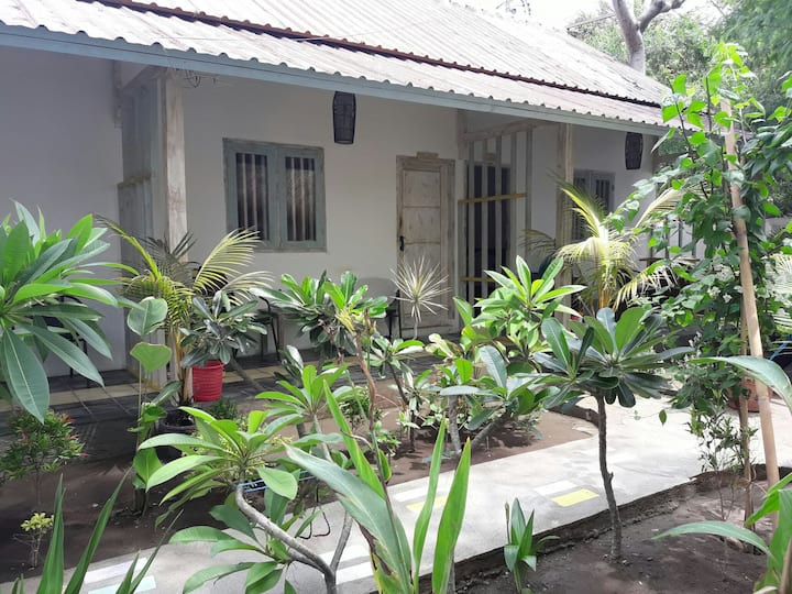 Chika 2 Bungalows at Kafe Kecil #Asha
