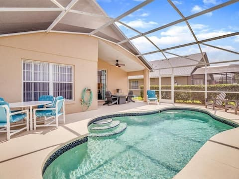 Beautiful Pool Home! 5 miles to Disney! Pool table