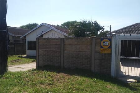 Esikhawini M House