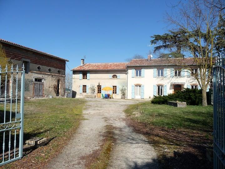 Gîte Saint Pierre, à Marzens (proche de Lavaur)