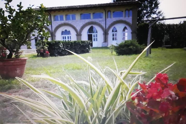 Villa Stella intera casa 3 app + salone ritrovo