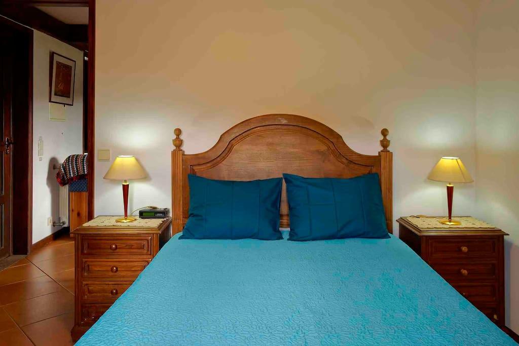 Casa dos Padres' bedroom