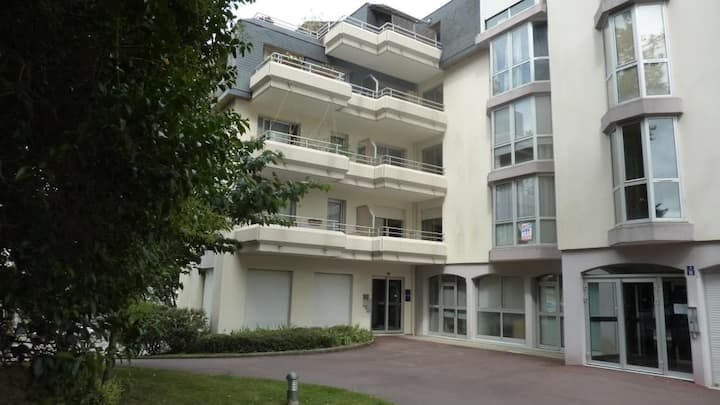 Studio Lorient Centre-Ville, parking privé