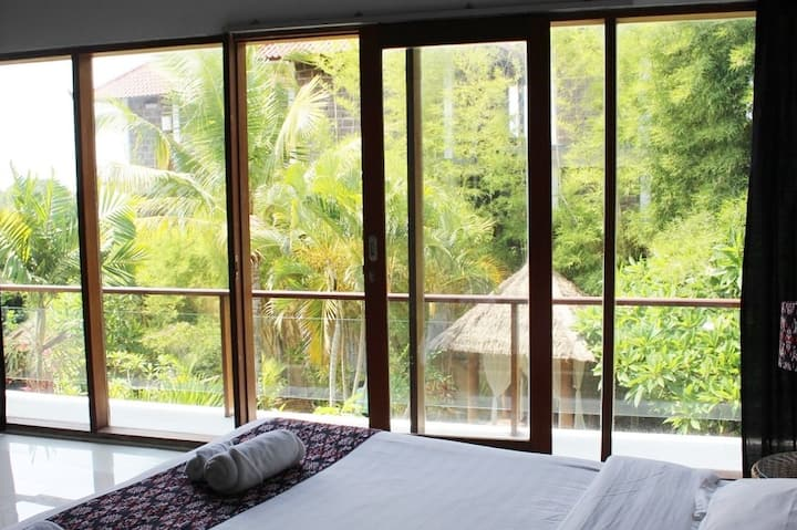 SURF STAY at Villa in 50 meters from the beach