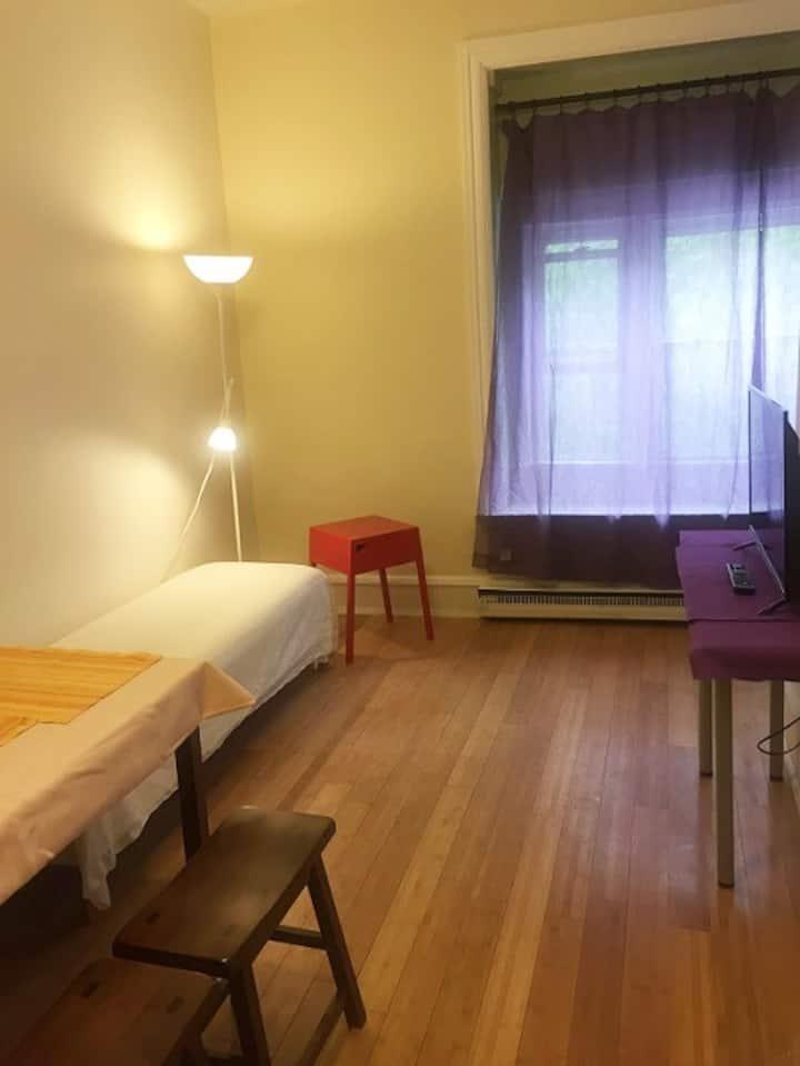 Cozy studio Apt in University City of Philadelphia