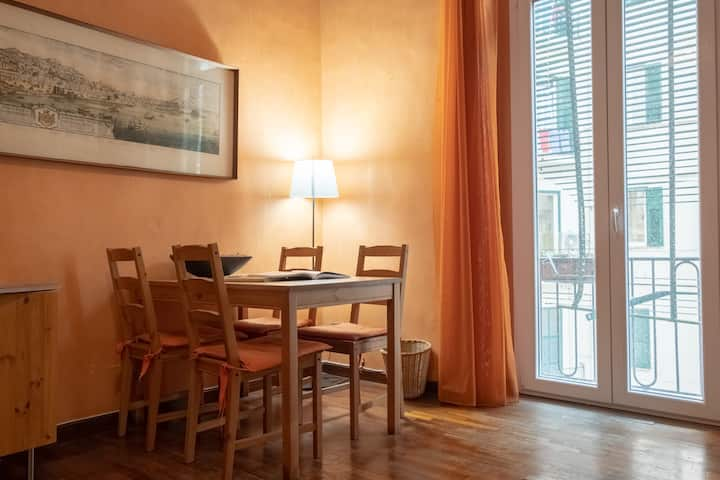 Mid & long term apartment in Borgo S.Lucia