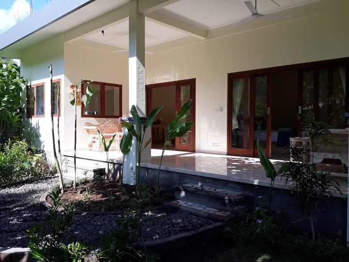 Jaya Villa Amed - Charming Peaceful Villa