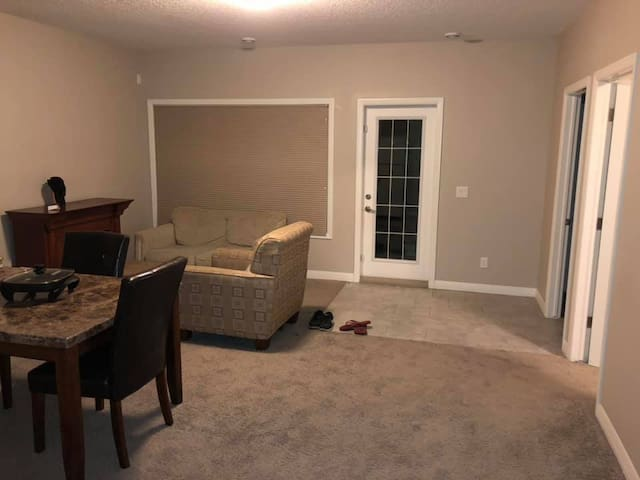 Clean and Quiet private basement suite