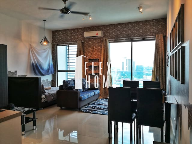 Home for Mob, Cyberjaya Cozy Studio by Flexihome