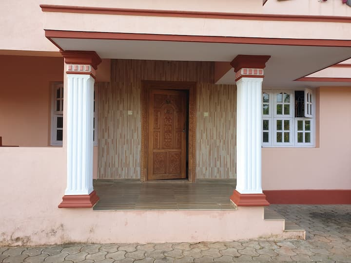 Entire villa near mangalore Airport..