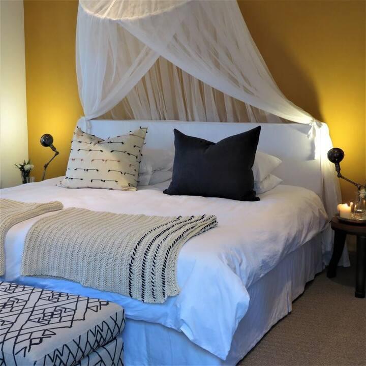 Room Camphor