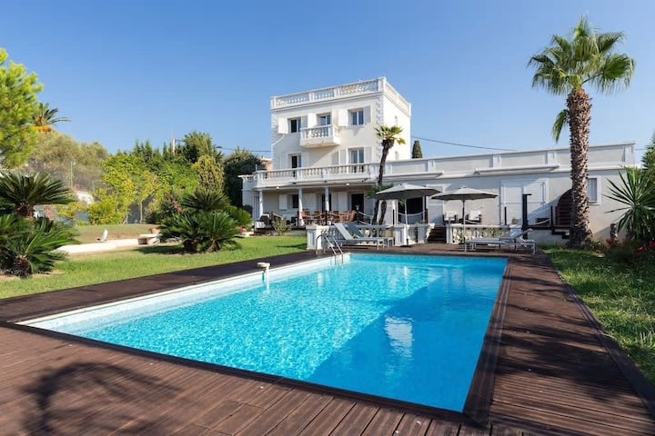 Splendid villa with sea view - Near Cannes