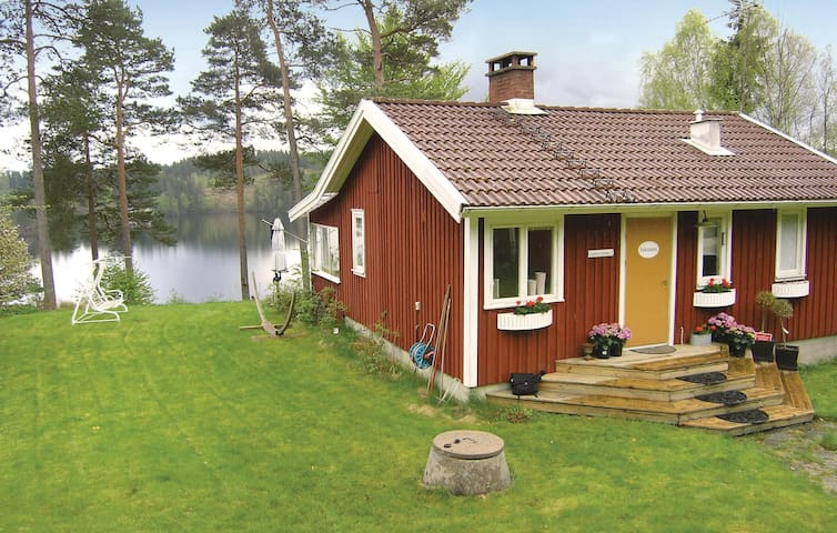 Holiday cottage with 1 bedroom on 58m² in Aplared
