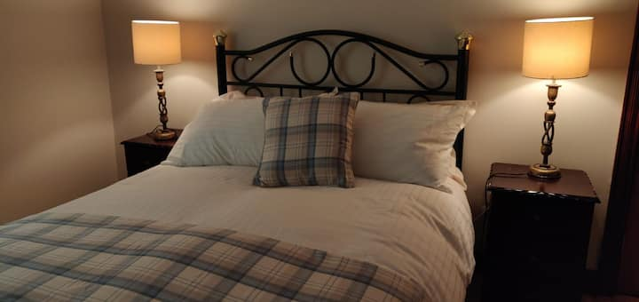 Double Room En-suite near Lough Eske