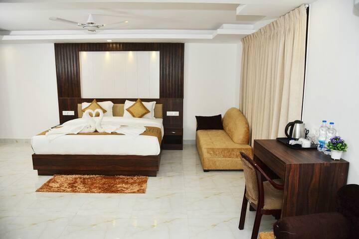 Golden BnB Rooms 2Min Ride To Candolim Beach DFR