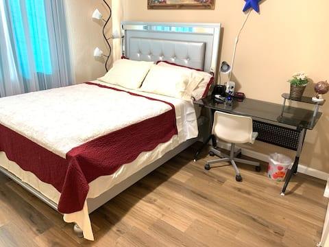 Luxurious Bedroom 502