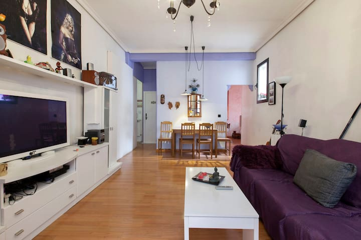 central apartment in Malasaña - Madrid - House