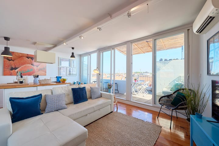 NEW!Chiado Terrace w/stunning views 3BR_3WC_AC!