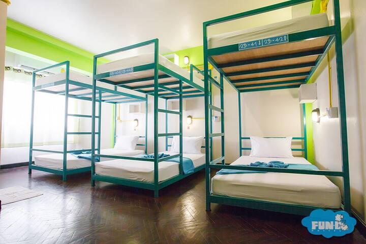 201B Standard Mixed Dorm