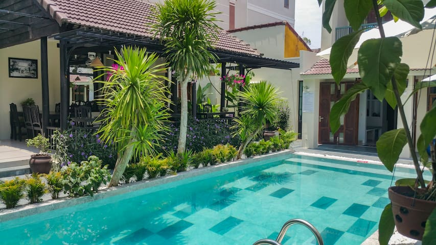 Hoi An Pool side Family Entire floor for 7 people