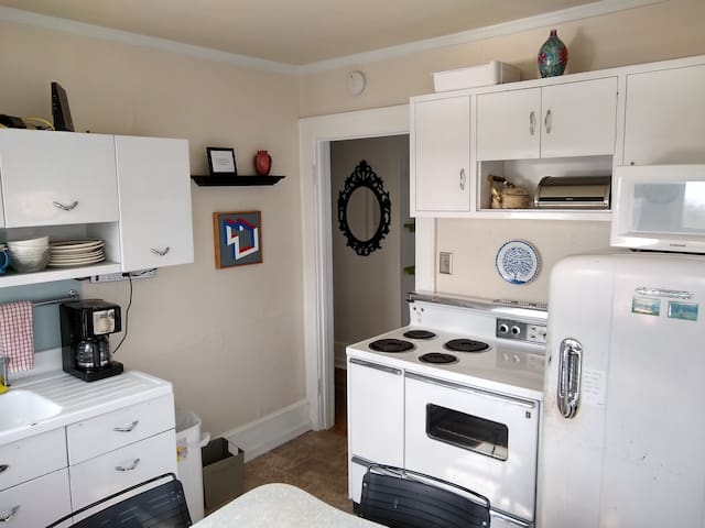 Walkable West Asheville Apartment Monthly Rental