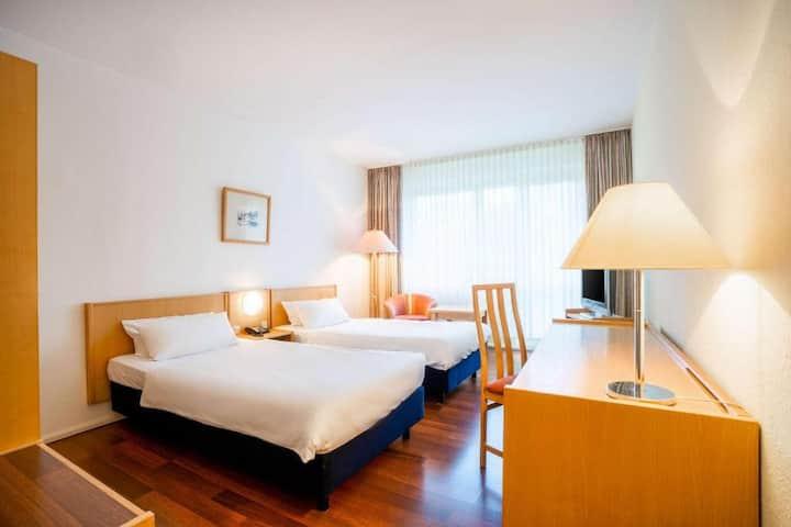 Comfort Hotel Weimar (Weimar) - LOH07265, Zweibettzimmer mit Badewanne und WC