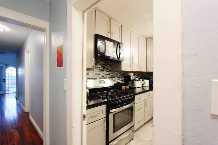 Mid City Co-living, Monthly Discount!