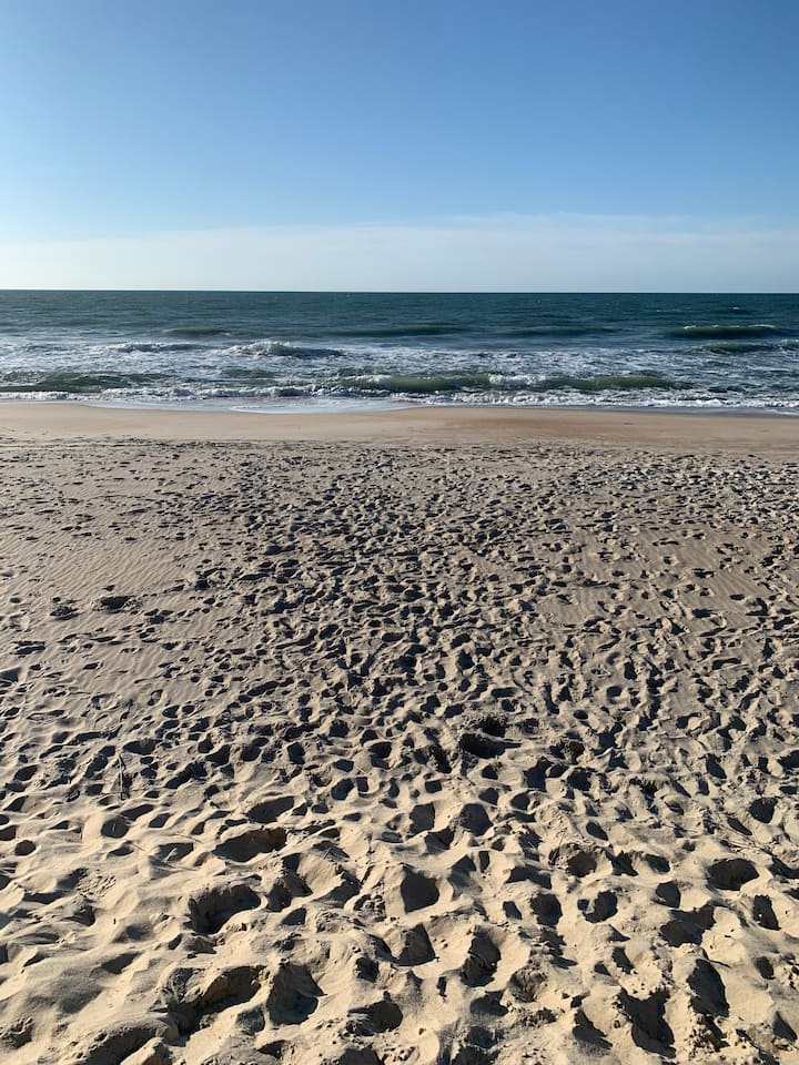 TOPSAIL BEACH & THE HOLIDAYS
