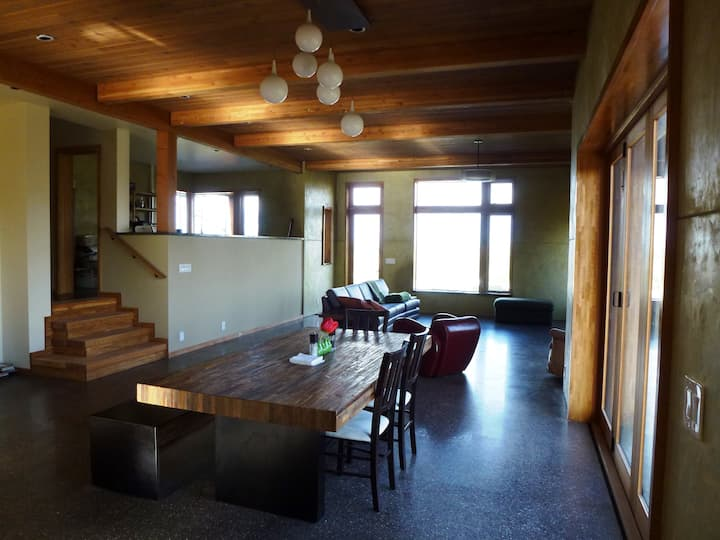 Modern House -Eco & Solar features