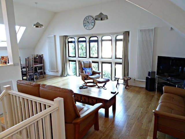Apartment in Converted Methodist Church - Bath - Apartamento