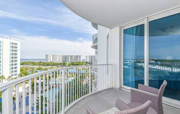 Gulf and Bay Views - 2 Bedroom Condo at The Palms
