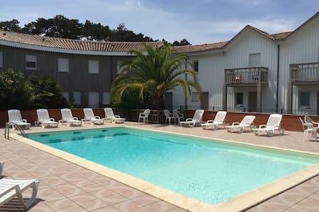 Appt avec terrasse et piscine au Canon/ CAP FERRET - Lège-Cap-Ferret