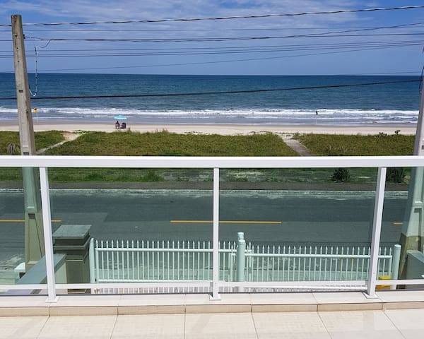 Townhouse facing the sea in Betaras with air cond.